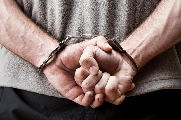 Проверка человека на судимость – одна из услуг частного детектива