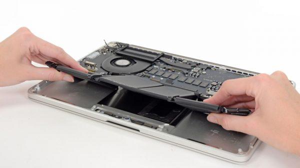 Профессиональный ремонт MacBook в Киеве