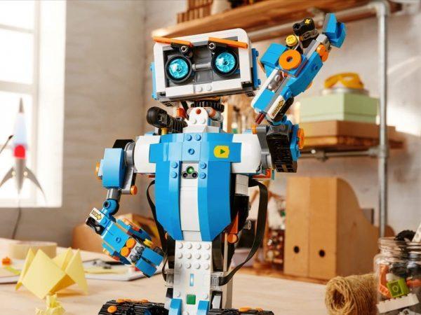 Конструкторы «Лего» и робототехника от компании «РОБОЗ»