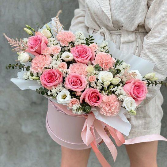 Свежие цветочные букеты с доставкой