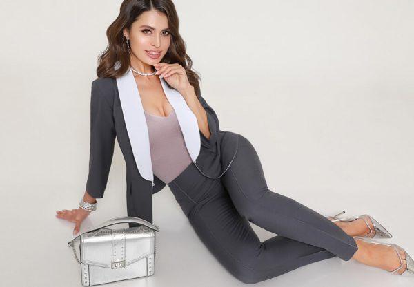 Недорогие модные женские костюмы от производителя