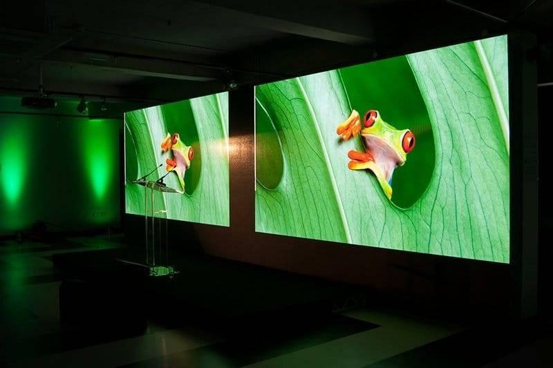 Внутренние светодиодные экраны для рекламы