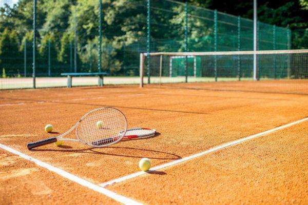 Фитнес-клуб «София Sport» в Киеве приглашает всех любителей тенниса на тренировки