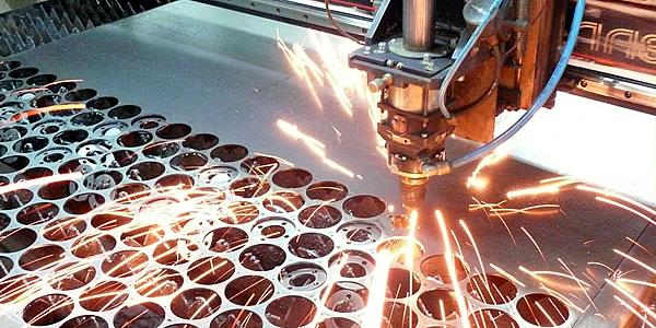 Будущее за лазерной резкой металлов